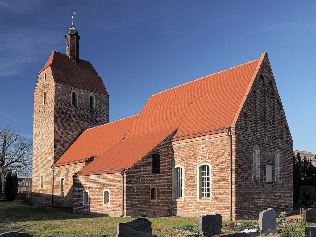 Dorfkirche Bardenitz aufgenommen von Südost