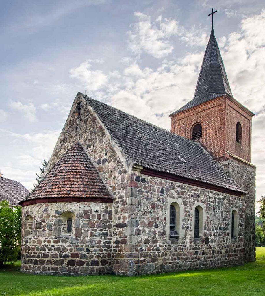 Dorfkirche Haseloff von Nordost aufgenommen