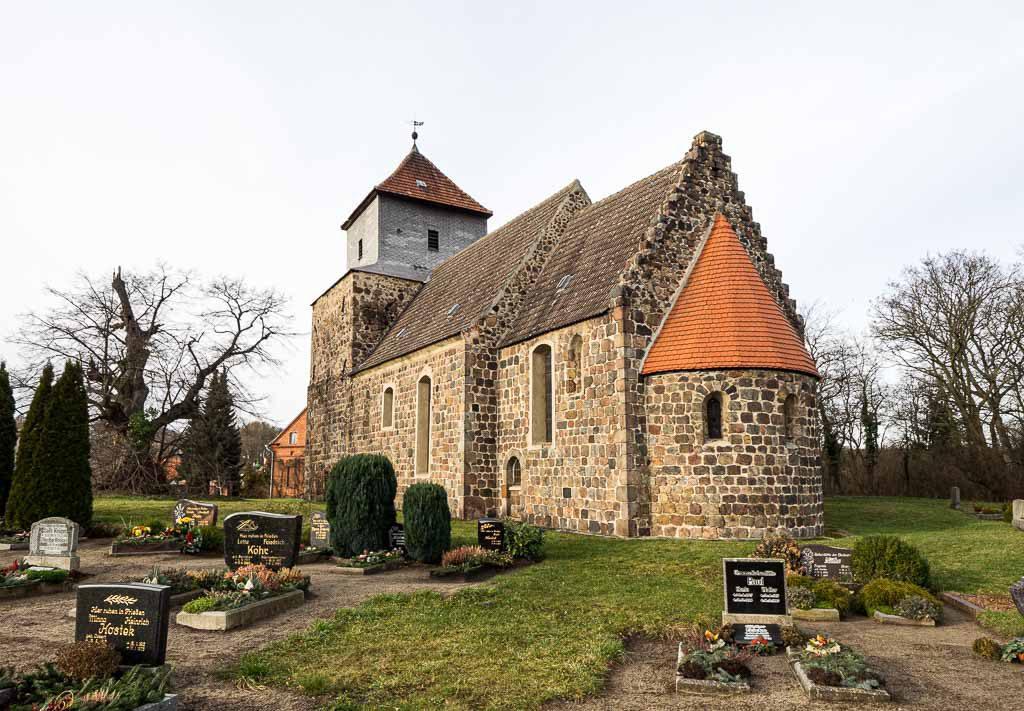 Dorfkirche Lüsse aufgenommen von Südost