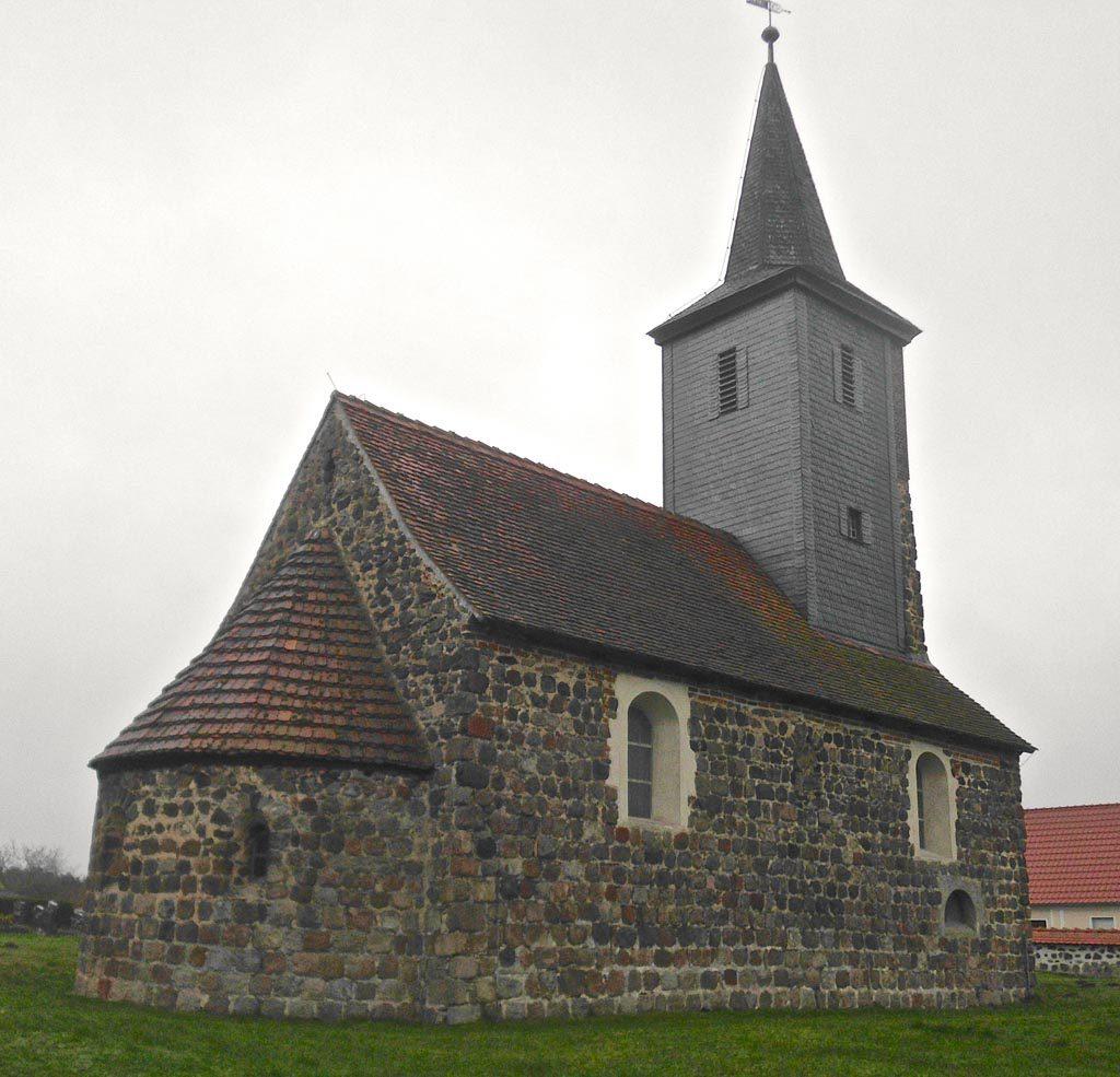 Dorfkirche Lehnsdorf von Nordost