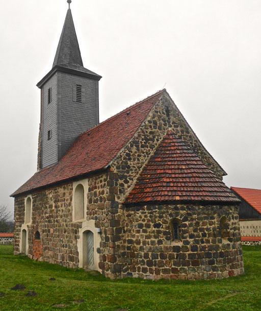 Dorfkirche Lehnsdorf von Südost