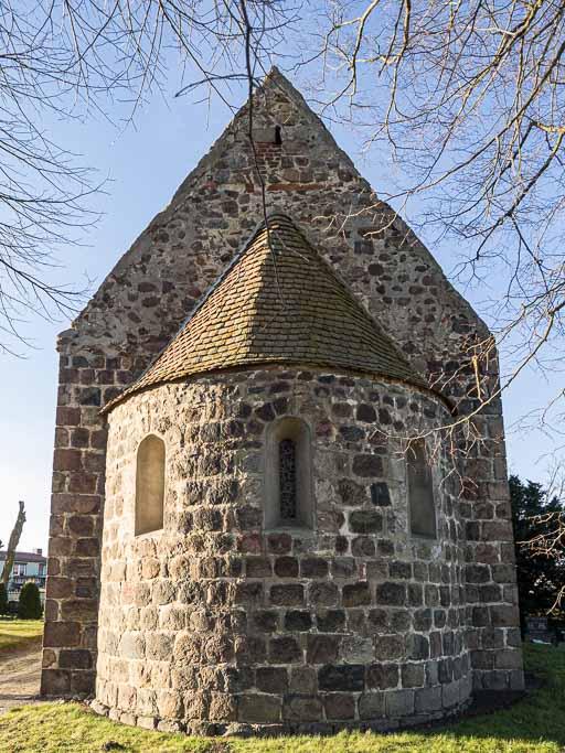 Dorfkirche Preußnitz Apsis mit Rundbogenfenstern