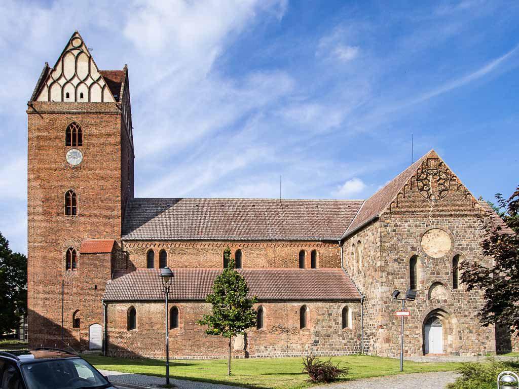 Treuenbrietzen St. Marienkirche von Süden aufgenommen