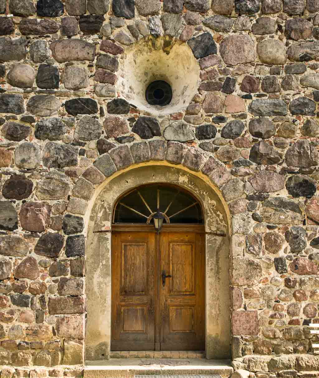 Wildenbruch Westportal und Rundfenster