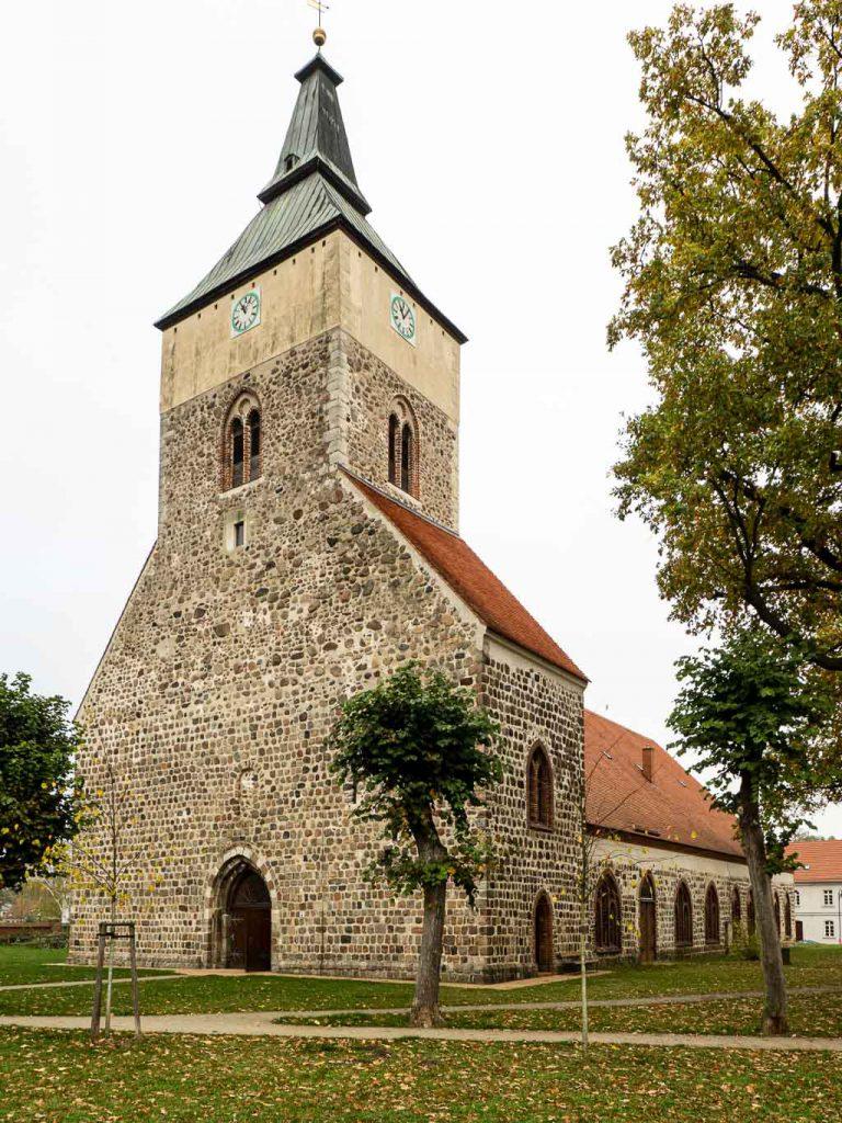 Stadtkirche Altlandsberg von Nordwest Romanik
