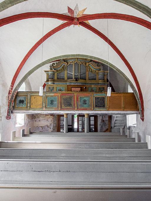 Blick auf Westempore 17. Jh. und Orgel 18. Jh.