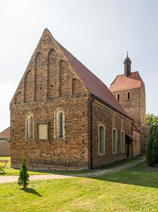 Dorfkirche Bardenitz Chor mit Ostwand von Nordost