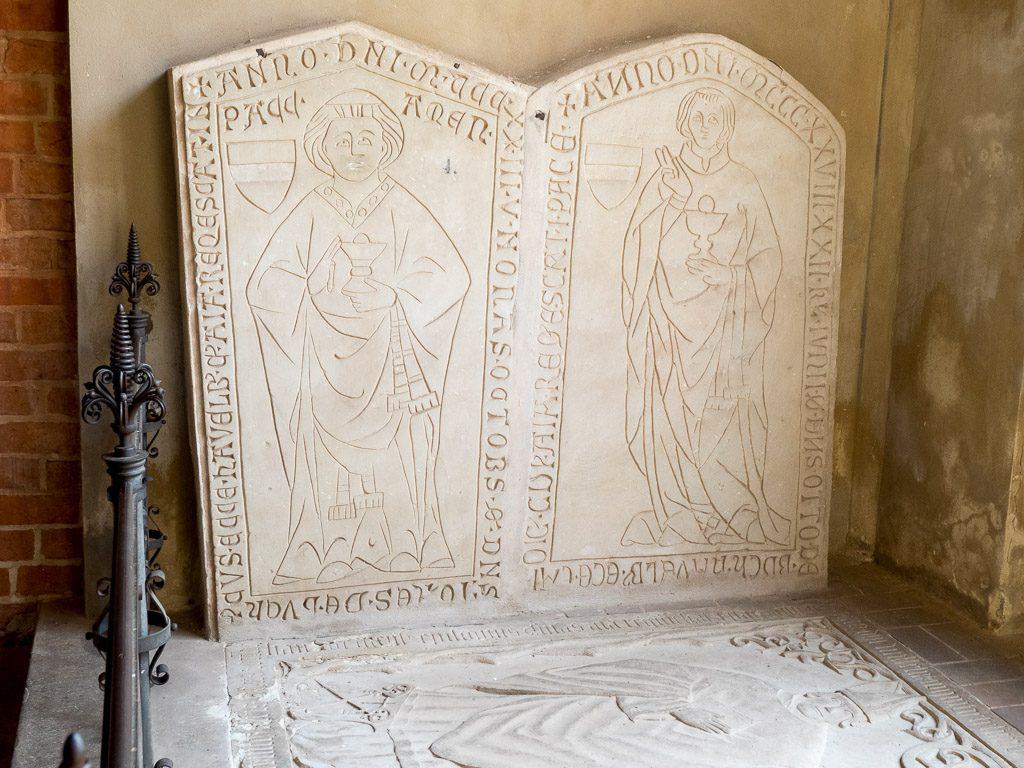 Dom St. Marien Havelberg. Mittelalterliche Grabplatten