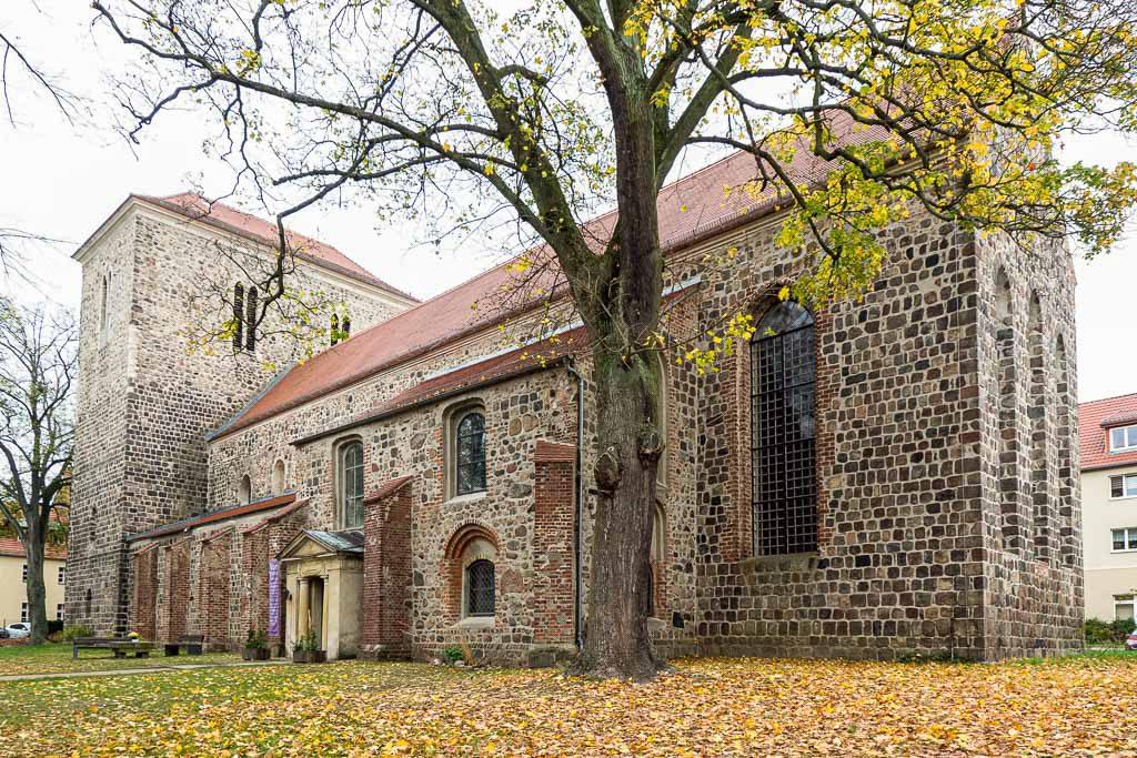 Stadtpfarrkirche St. Marien Strausberg. Basilika aufgenommen von Südost.