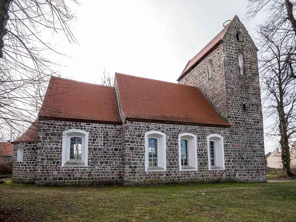 Dorfkirche Waltersdorf Nordseite