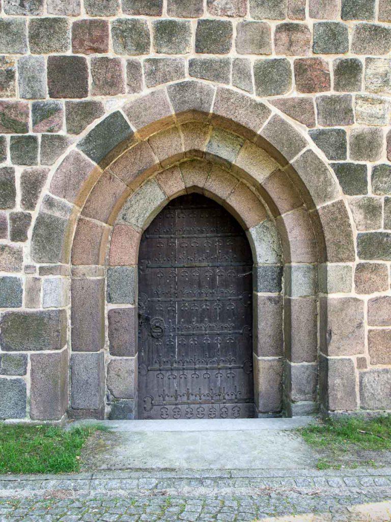 Zinna Klosterkirche: Nordportal im Querschiff.