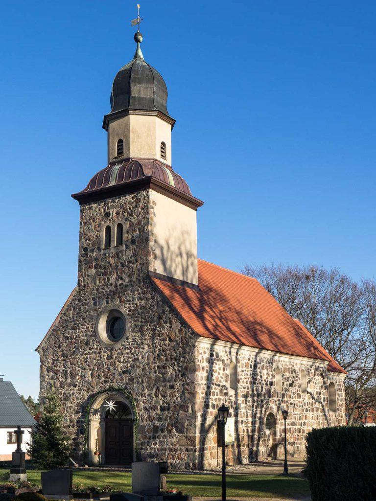 Dorfkirche Grubo Ansicht von Südwest