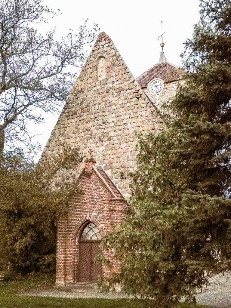 Chorturmkiche Grünow Chor Westfassade mit Vorhalle