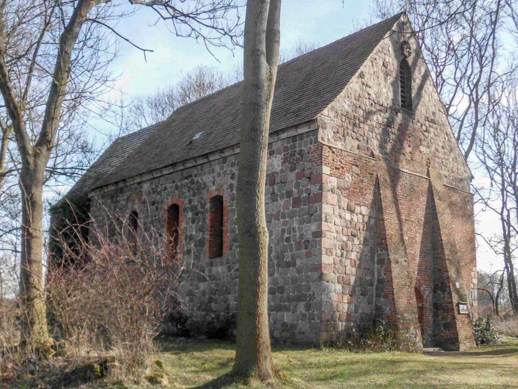 Dorfkirche Grunow. Ansicht von Nordwest