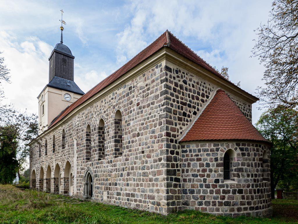 Kirche Hohenfinow aufgenommen von Südost
