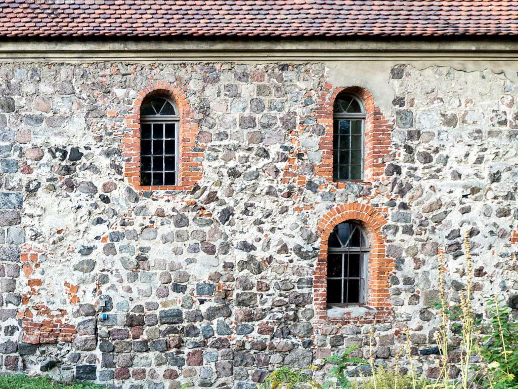 Dorfkirche Prädikow Zugesetzte Arkaden des südlichen Seitenschiffs