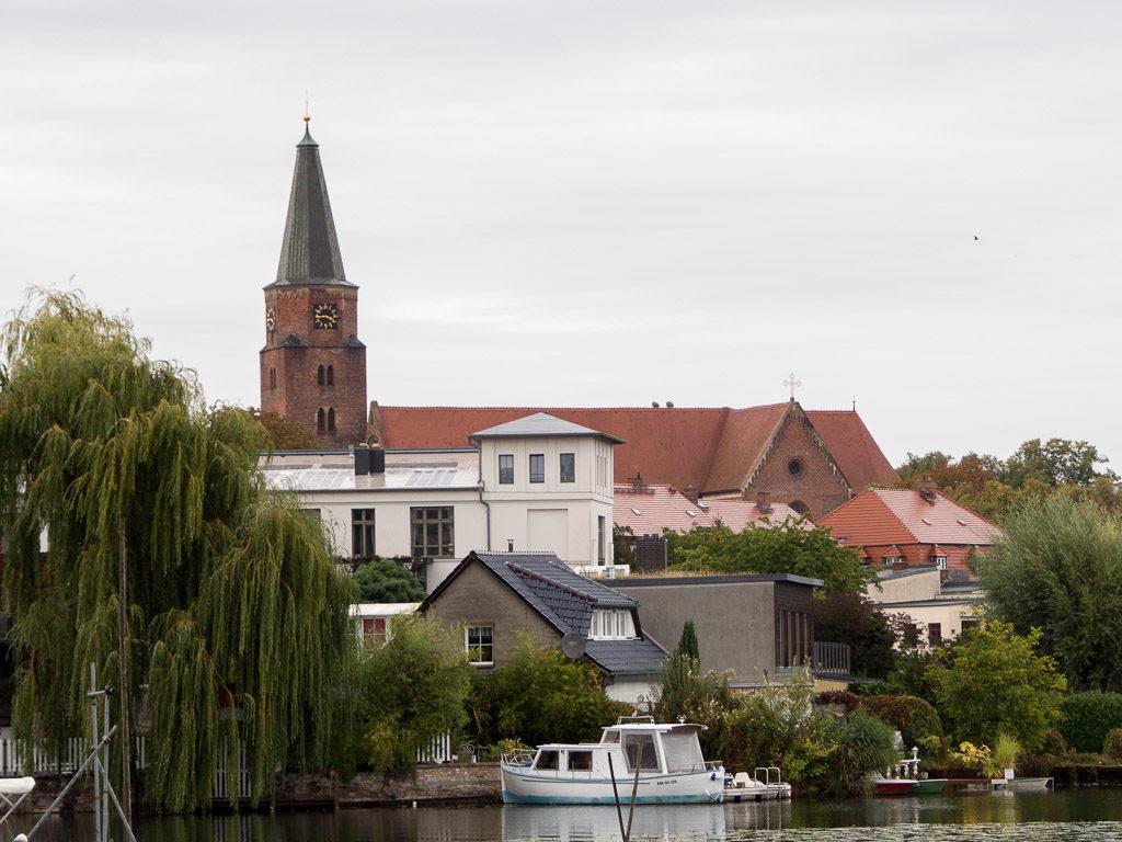 Dom St. Peter und Paul zu Brandenburg an der Havel. Blick von Süden auf die Dominsel.