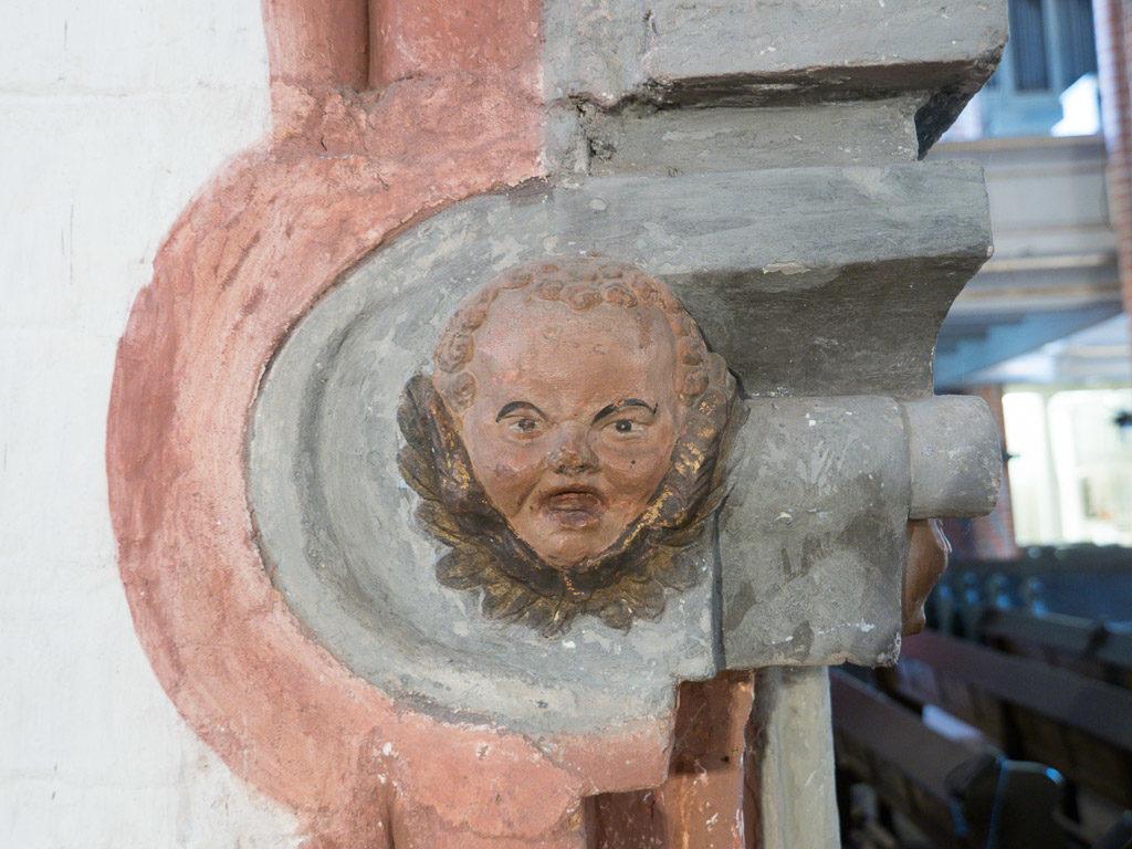 St. Gotthardskirche Böses Gesicht Ornament