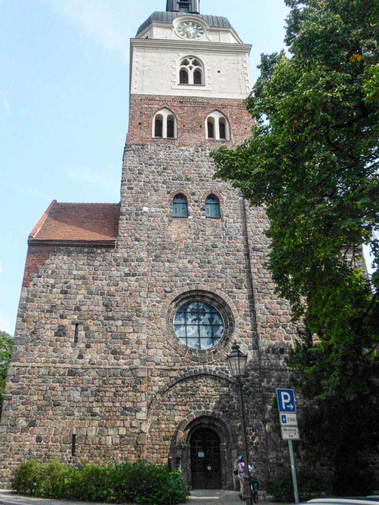 Stadtkirche St. Gotthard Westfassade des Turms