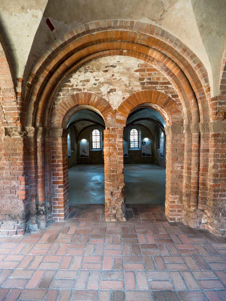 Prämonstratenserstift Jerichow Klausur romanisches Portal zum Kapitelsaal