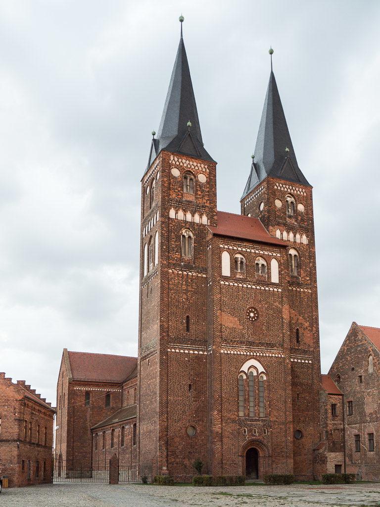 Stiftskirche Jerichow Ansicht von Nordwest.