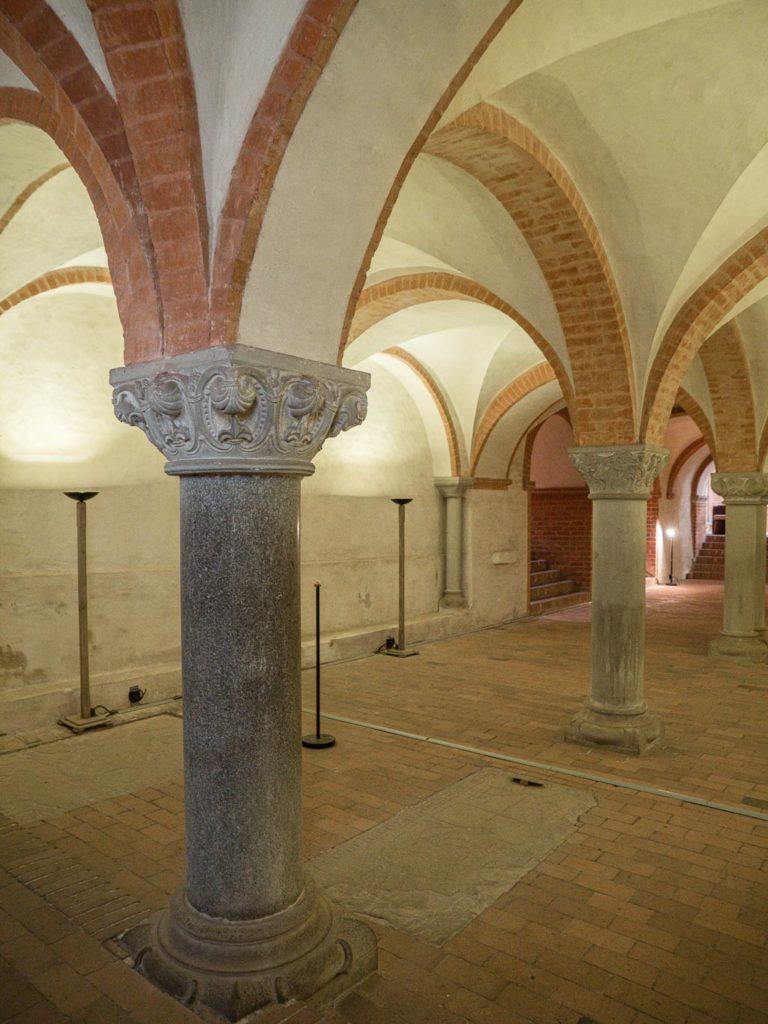 Stiftskirche Jerichow Krypta Blick nach Südwesten Säulenschaft aus Granit Otto I