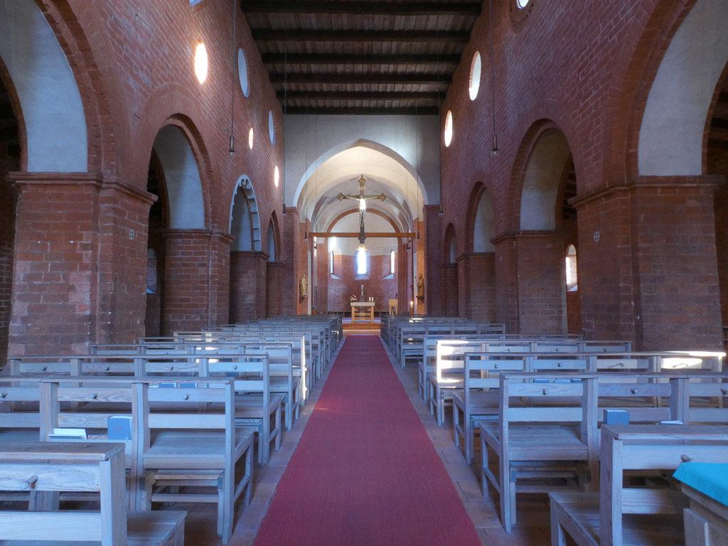 St. Nikolaikirche Innenansicht Hauptschiff nach Osten