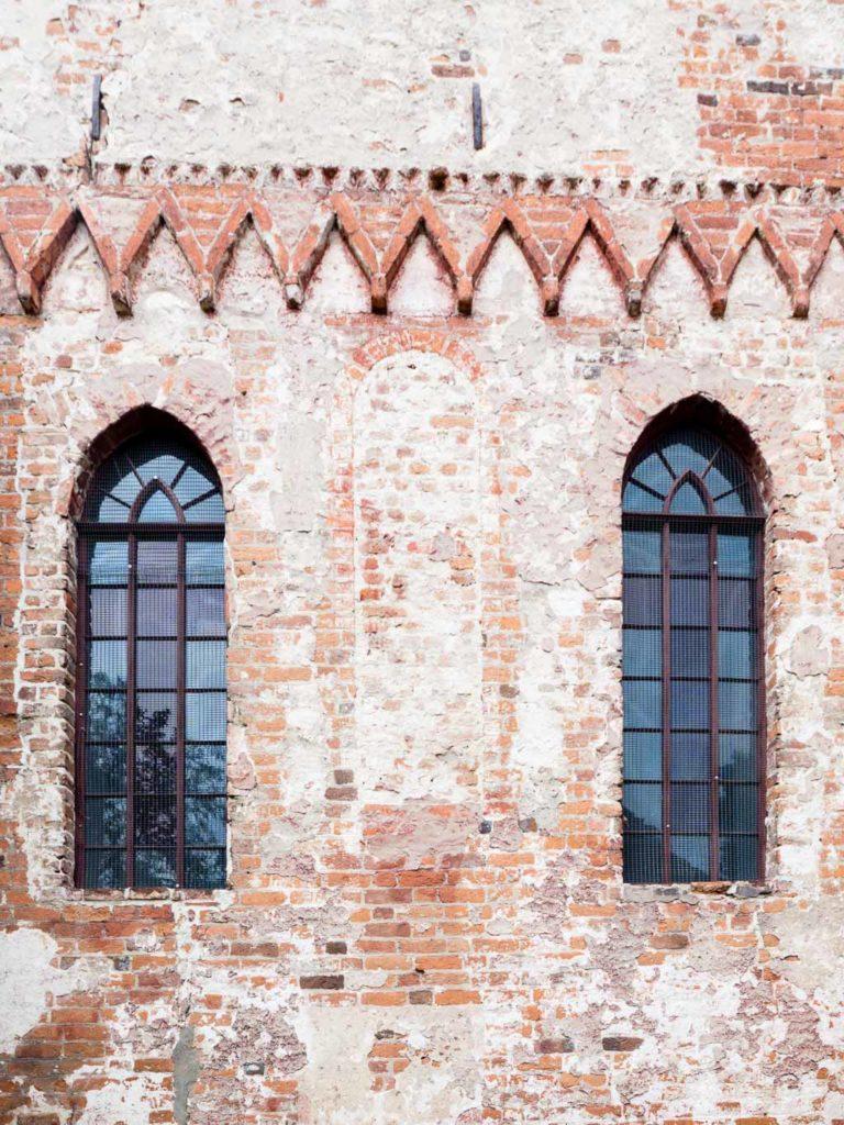 Pfarrkirche Plaue Zugesetztes romanisches Rundbogenfenster Chor Ostfassade