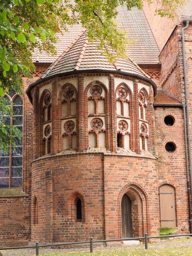 Blick von Norden auf die St. Marien-Kapelle