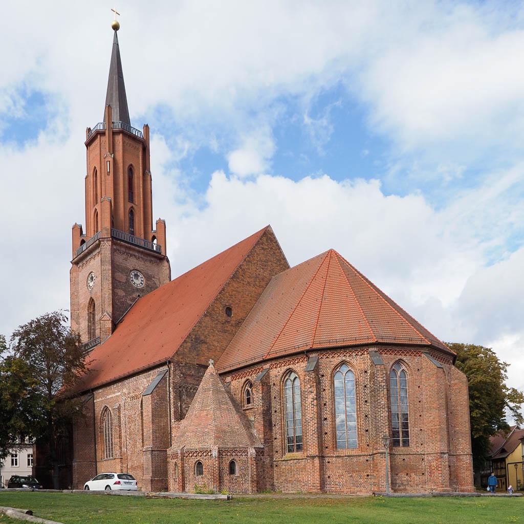 Stadtkirche Rathenow. Ansicht von Südost.