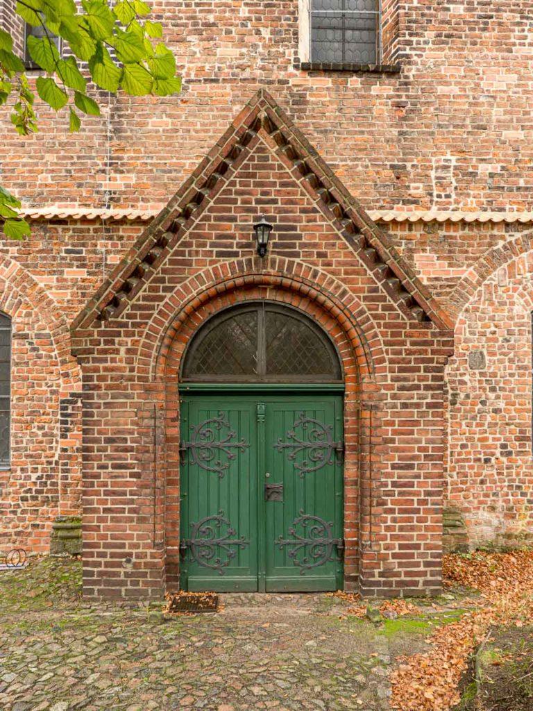 Liebfrauenkirche Jüterbog Portal im Südschiff