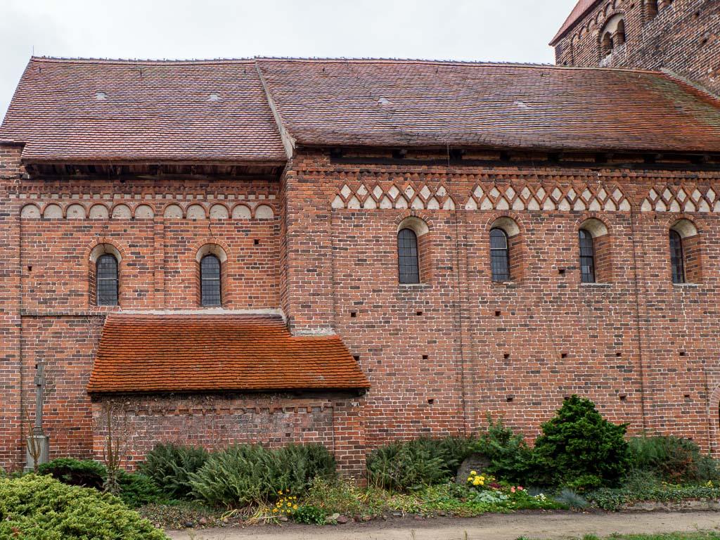 Dorfkirche Redekin Chor und Schiff mit Sakristei aus der Erbauungszeit der Kirche