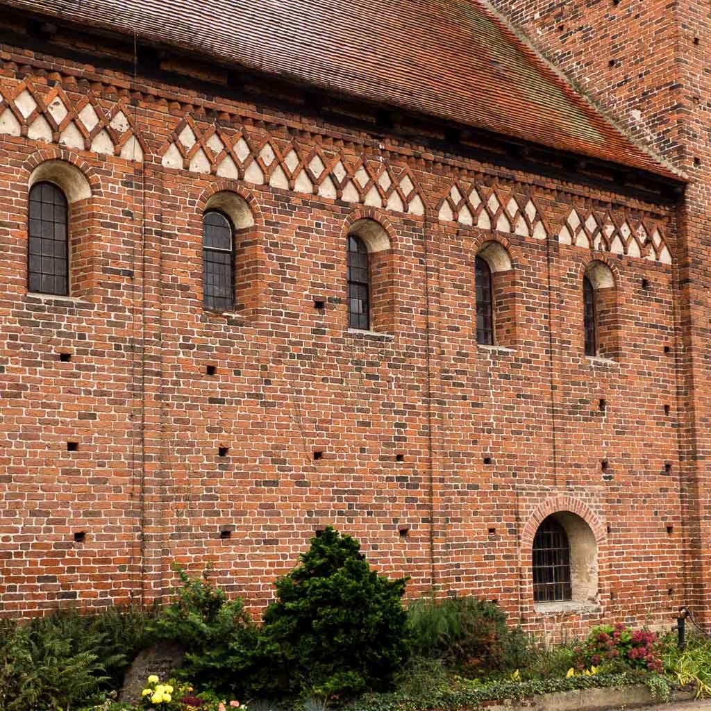 Dorfkirche Redekin rätselhafte Öffnung in der Nordwand des Schiffes