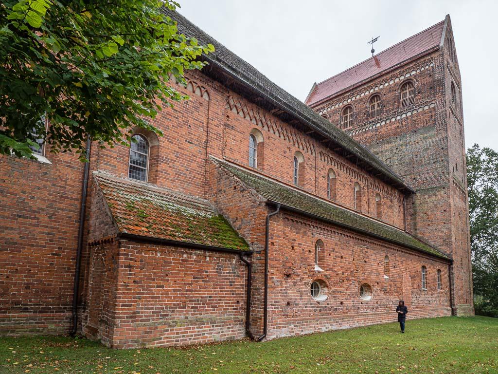 Dorfkirche Schönhausen Ansicht der Basilika von Nordost mit sakristei