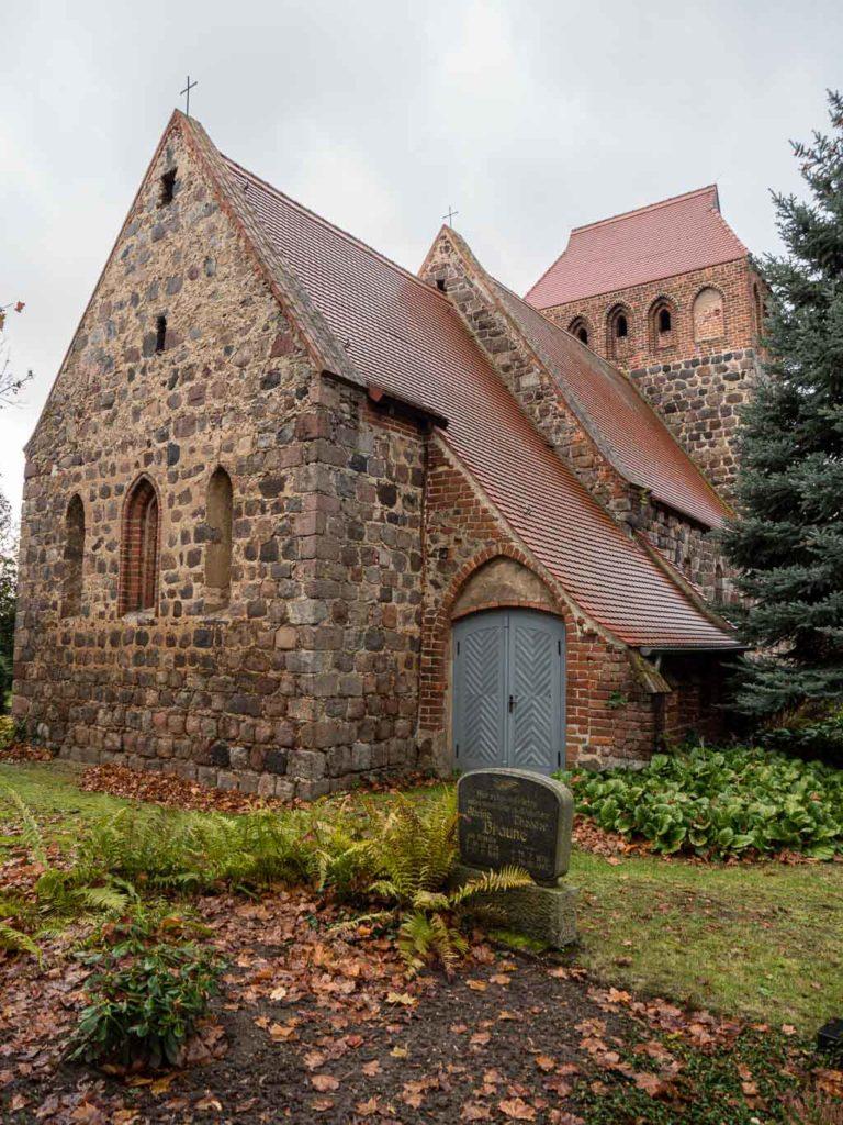Dorfkirche Werder Jüterbog Staffelung von Nordost mit Sakristei