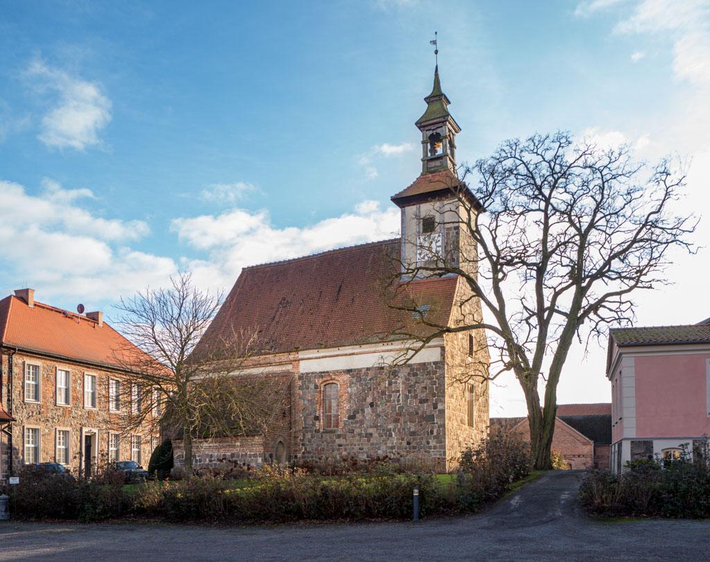 Komturei Lietzen Kirche, Herrenhaus und Verwaltungsgebäude