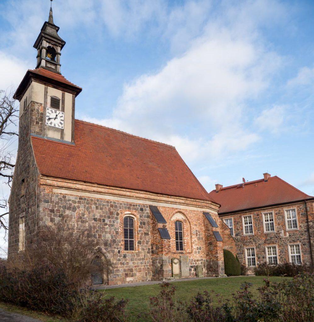 Komturei Lietzen Ordenskirche und Herrenhaus