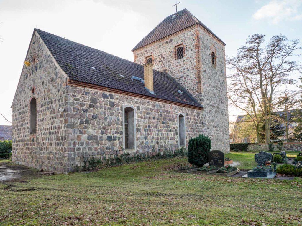 Dorfkirche Neuentempel Ansicht von Nordost