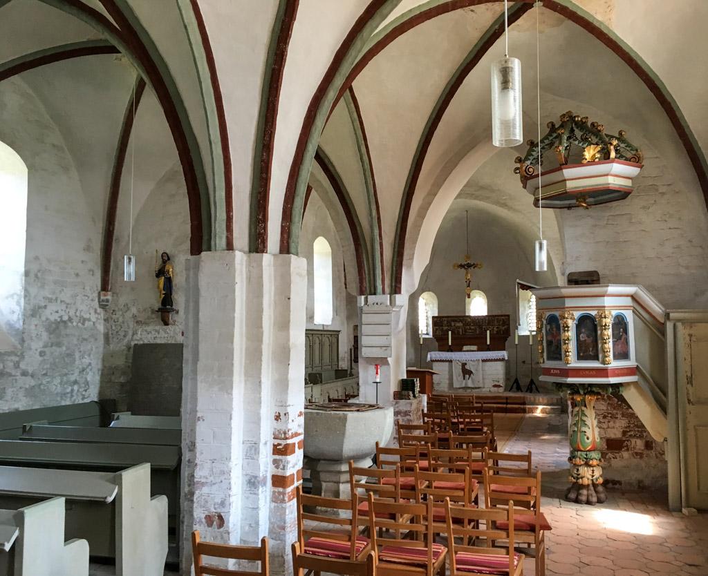 Dorfkirche Pechüle Innenraum, Blick Richtung Osten zum Altar