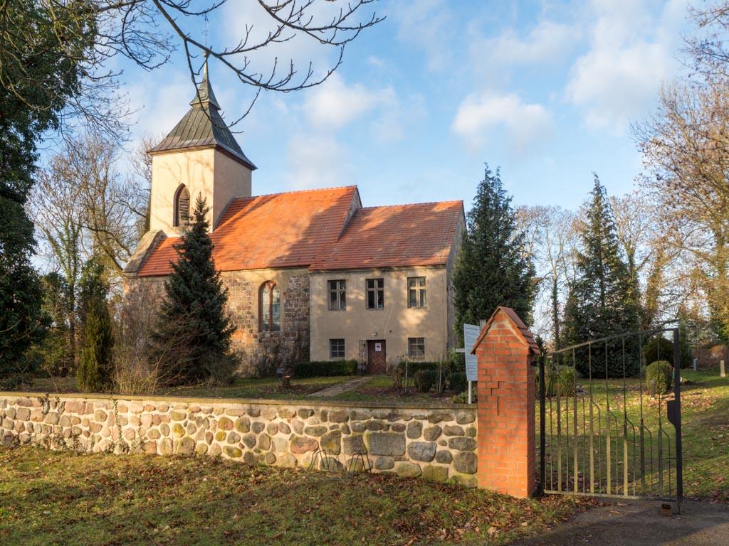 Dorfkirche Tempelberg Ansicht von Südost