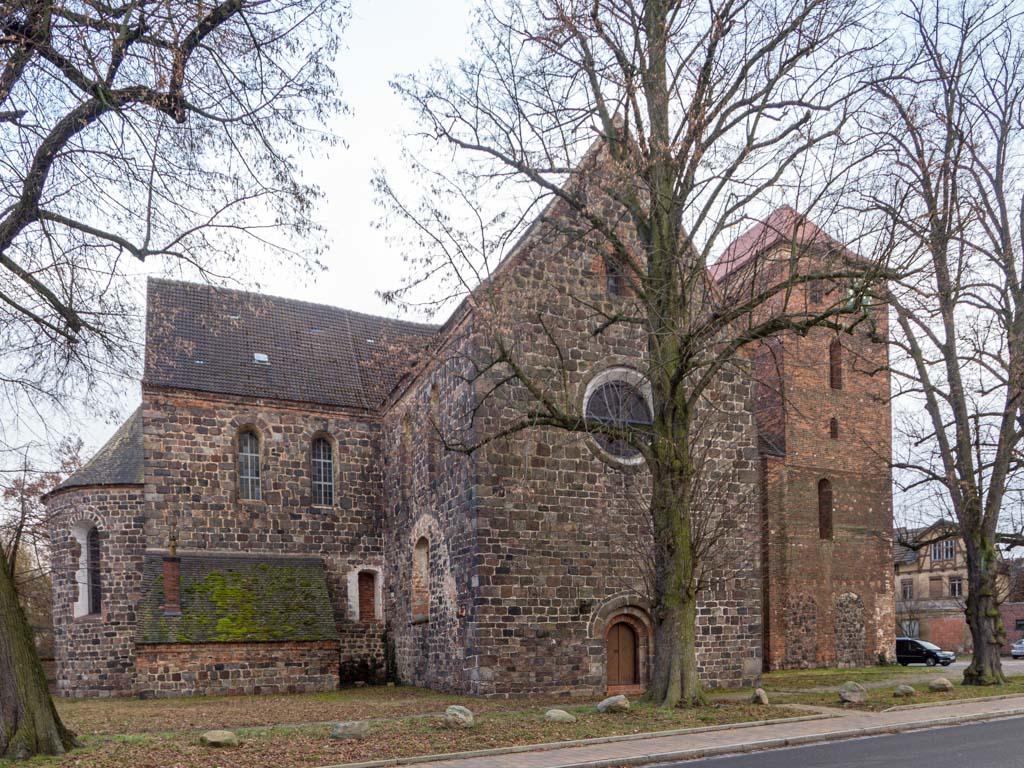 Stadtkirche Zahna-Elster. Ansicht von Nordost.