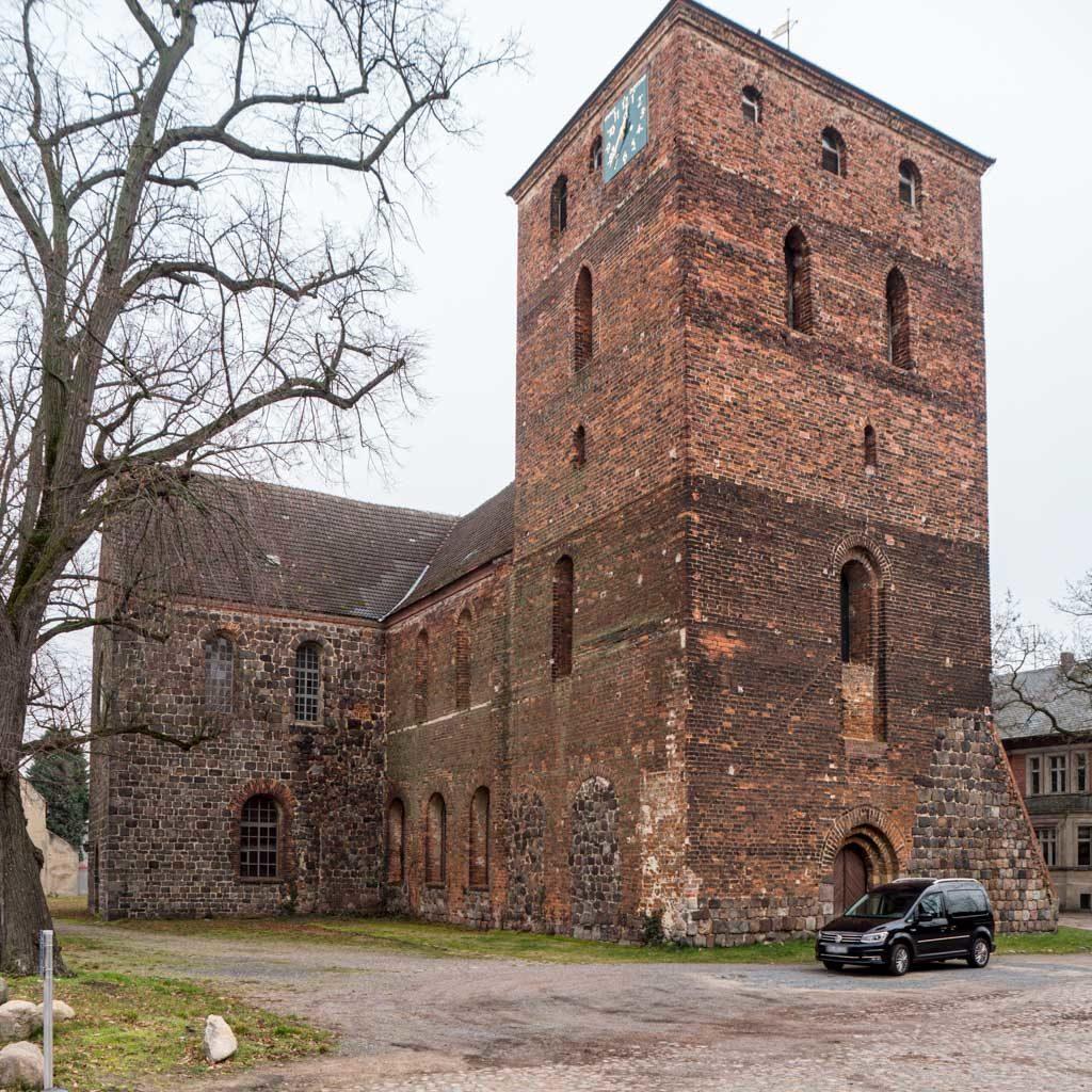 Stadtkirche Zahna-Elster. Ansicht von Nordwest.
