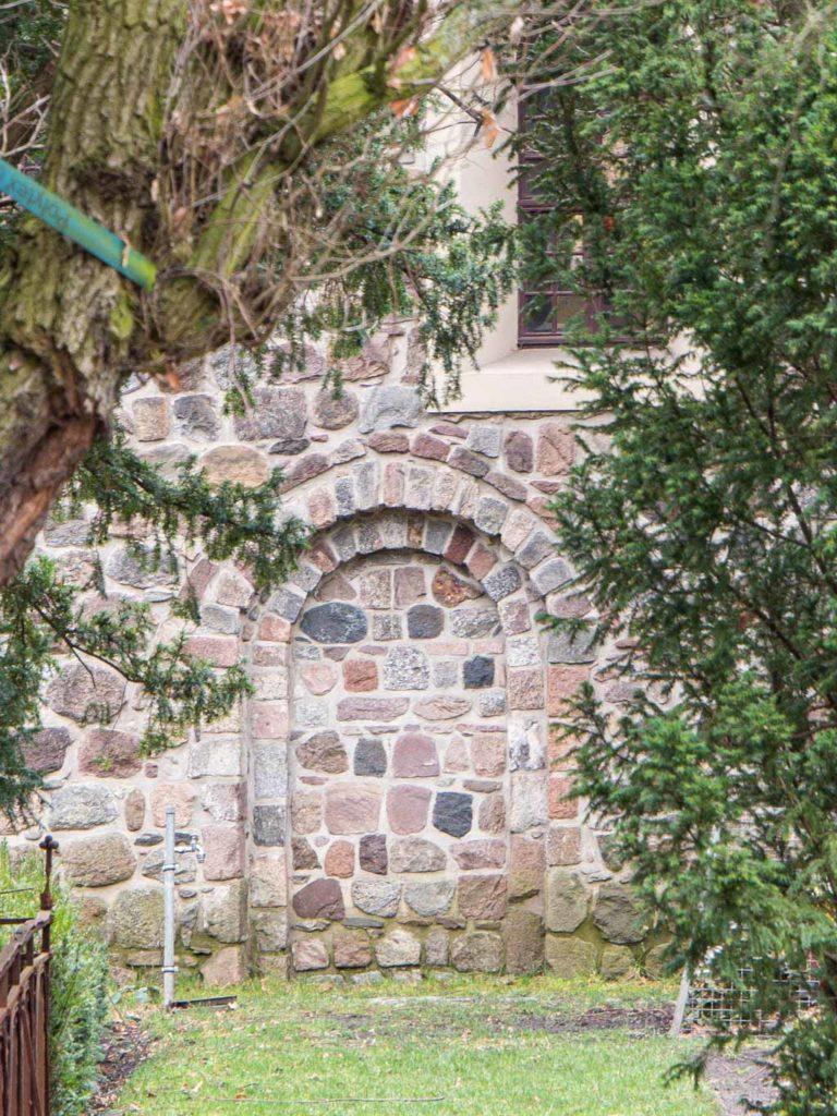 Dorfkirche Mariendorf Zugesetzte nördliche Gemeindepforte