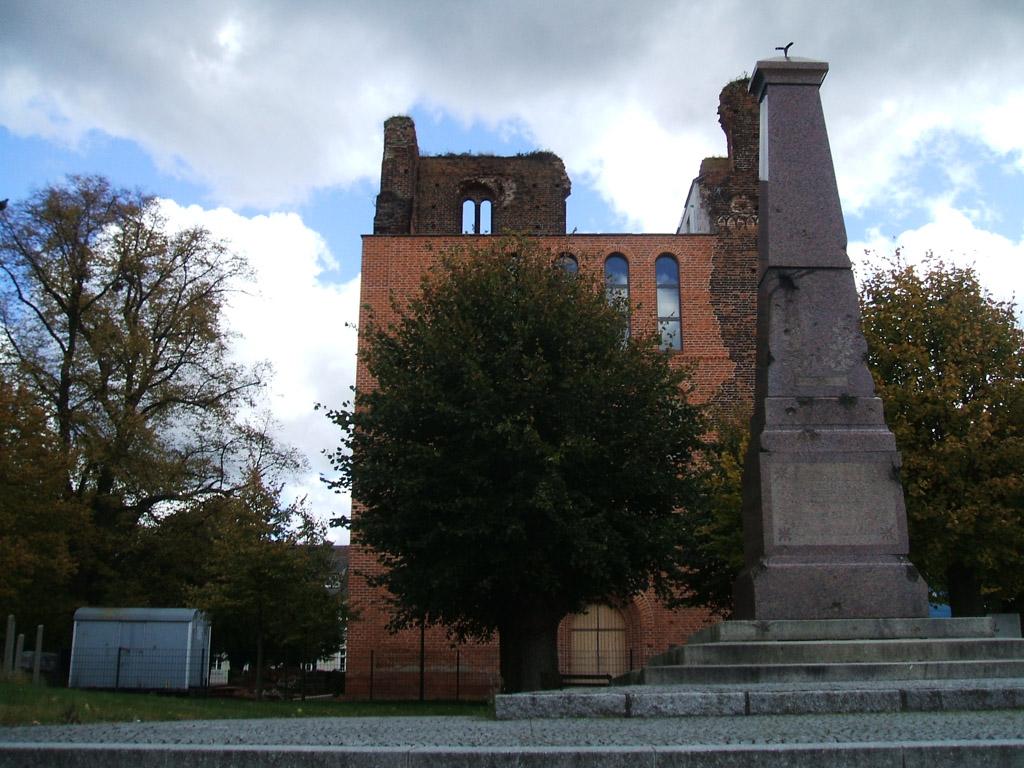 Stadtkirche Sandau, Ruine