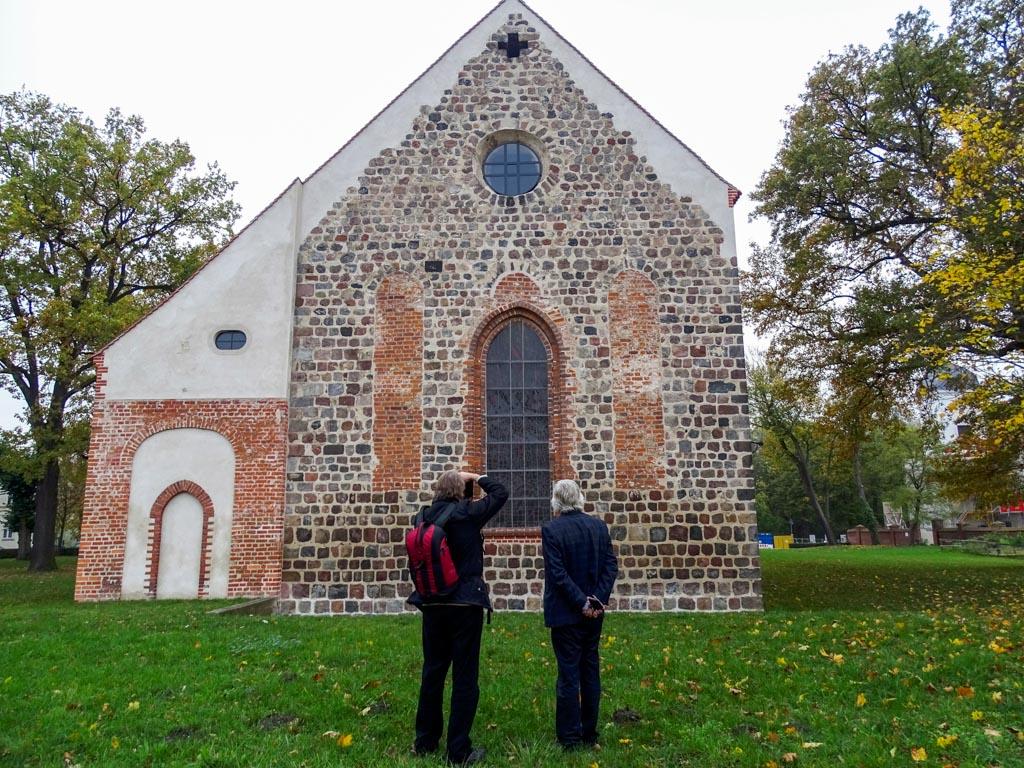 Die Autoren. Links A. Soujon, rechts J. Werner in Altlandsberg.