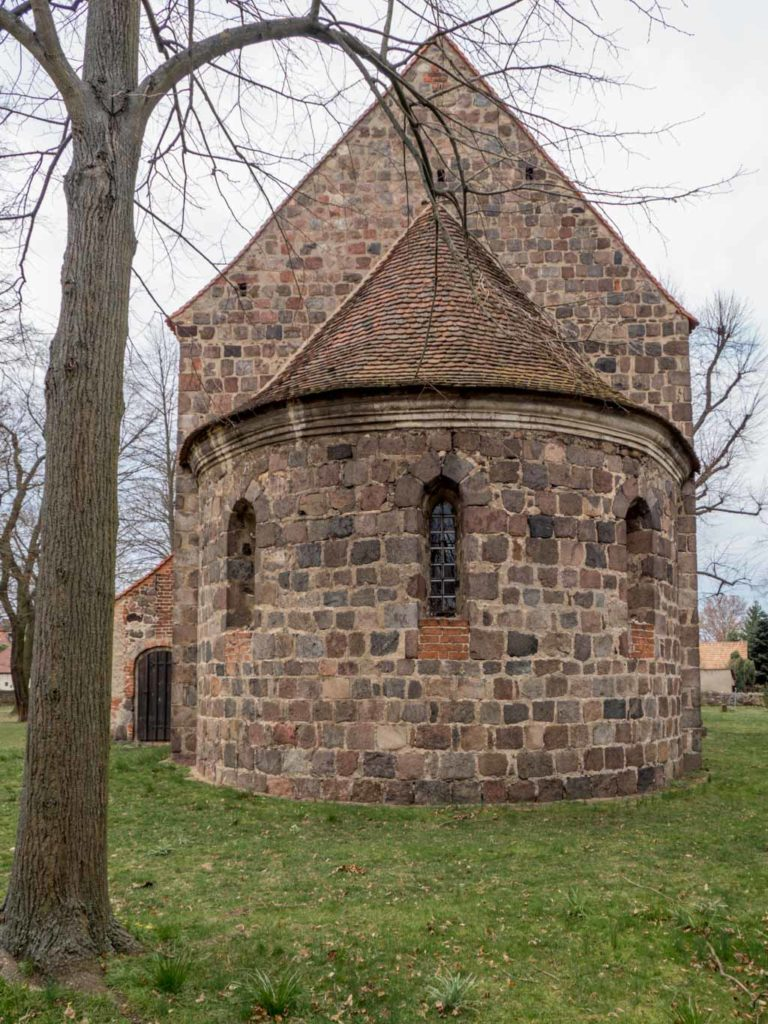 Dorfkirche Massen, Apsis.