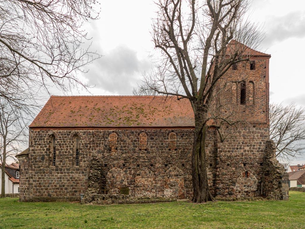 Dorfkirche Massen. Ansicht von Norden.