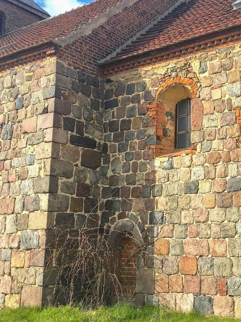 Dorfkirche Niederwerbig. Chor Südseite.