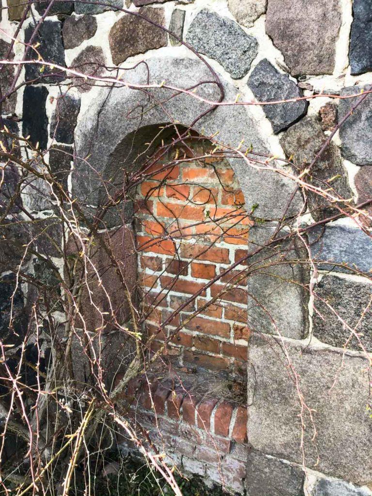 Dorfkirche Niederwerbig, Priesterpforte.