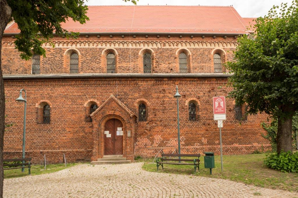 Südliches Haupt- und Seitenschiff.
